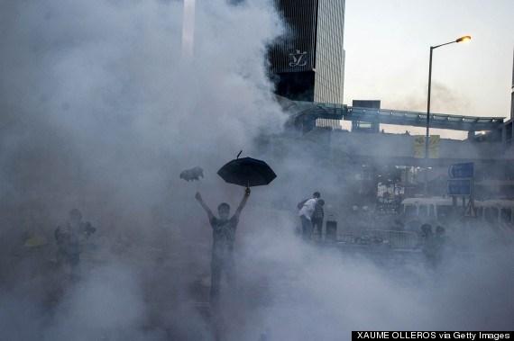 Chiếc ô trở thành biểu tượng cho cuộc biểu tình tại Hong Kong.