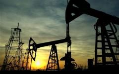 Giá dầu giảm ảnh hưởng đến các nước ra sao? Ảnh: Reuters