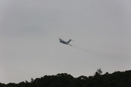 Máy bay vận tải hạng nặng Y-20 Trung Quốc tiến hành huấn luyện bay