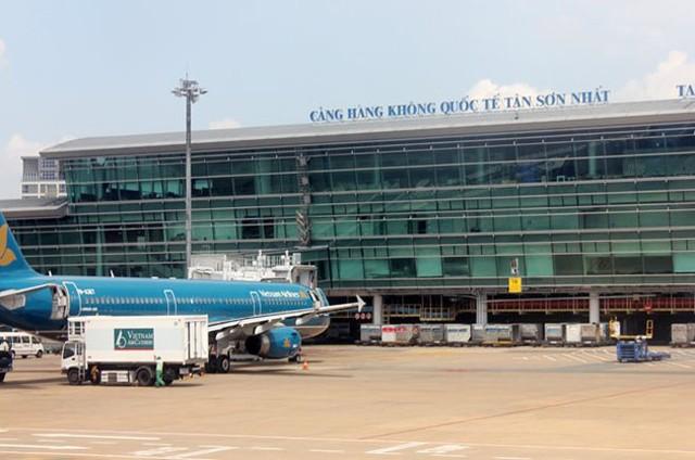 Cảng hàng không quốc tế Tân Sơn Nhất.
