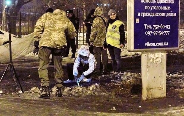 Ở các vùng trung tâm thành phố Donetsk hay Lugansk, các trận bắn pháo với mật độ dày cũng được ghi nhận.