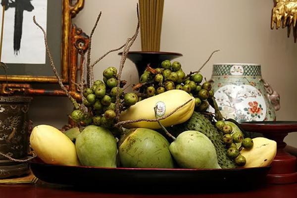 Mâm ngũ có cầu – dừa – đủ – xài được người miền Nam bố trí đẹp mắt