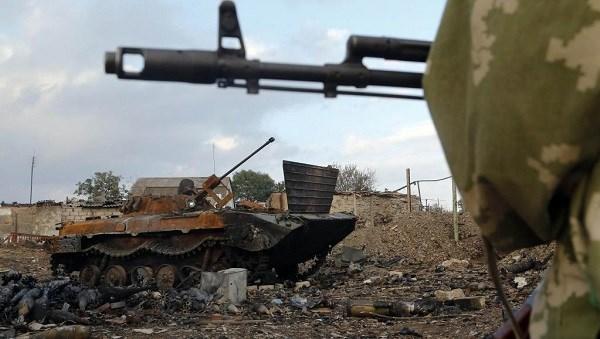"""Xe tăng của Ukraine đa số bị biến thành """"cua đồng"""" nướng"""