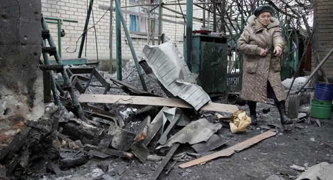 Chiến sự ác liệt bùng nổ tại miền đông Ukraine hôm 18/1 giữa quân chính phủ Kiev và phe ly khai.