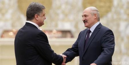 Cuộc gặp gỡ tại Minsk giữa TT Poroshenko và TT Lukashenko. Ảnh: Interfaks-Ukraina.