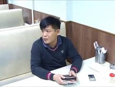 Chủ quán người Việt bán thịt hổ và báo