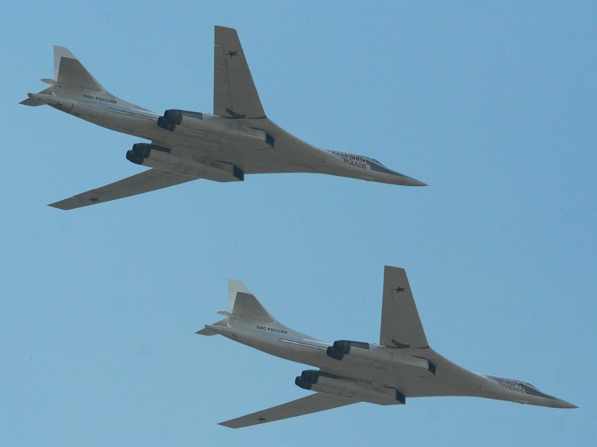 russias-version-of-the-us-b1-bomber-the-tupolev-tu-160m-is-also-being-modernised-this-year-with-updated-weapons-and-avionics-systems-its-capable-of-carrying-a-nu