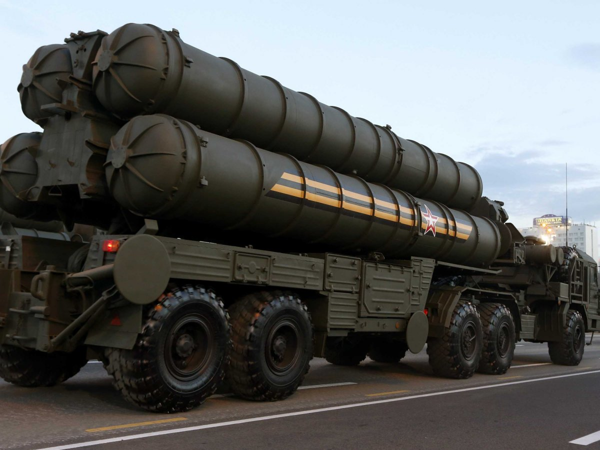 the-s-500-air-defence-system-is-currently-in-production-to-replace-the-s-400-system-russian-sources-say-the-new-system-will-cut-the-air-defence-response-time-in-