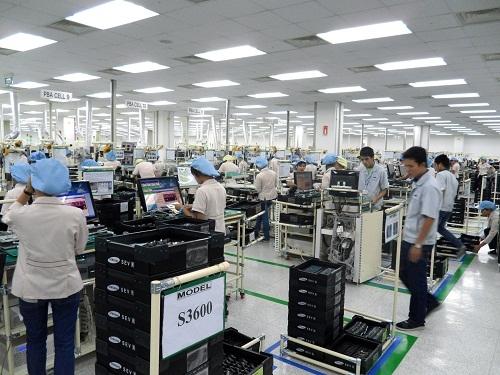 """Việc những tập đoàn lớn như Samsumg, Intel đổ tiền vào các nhà máy ở Việt Nam đã đưa quốc gia Đông Nam Á này vươn lên trở thành """"con hổ"""" tiếp theo tại châu Á. (Ảnh minh họa)"""
