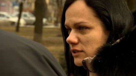 Chị Oksana Svyryd đã bị bắt giữ bởi ly khai  khi đi tìm chồng tại Donetsk.