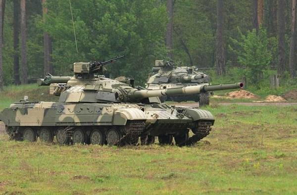 Lực lượng tăng - thiết giáp Vệ binh Quốc gia Ukraine (NGU) đang dần được hình thành. Theo đó, lực lượng xe tăng đã nhận chuyển giao 44 chiếc xe tăng chiến đấu chủ lực T-64BV. Loại tăng này được bọc giáp phản ứng nổ (ERA), trang bị pháo chính 125mm.