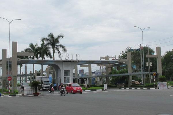 Khu công nghiệp Việt Nam - Singapore ra đời theo sáng kiến của ông Lý Quang Diệu trở thành mô hình hợp tác kinh doanh hiệu quả.