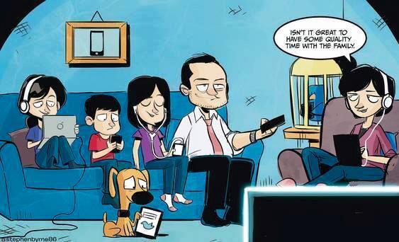 Gia đình sum họp kiểu công nghệ, vui quá chừng!