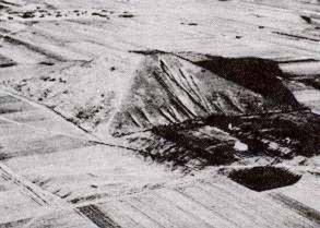 Học giả Trung Quốc cho rằng, kim tự tháp này là căn cứ địa của người ngoài hành tinh
