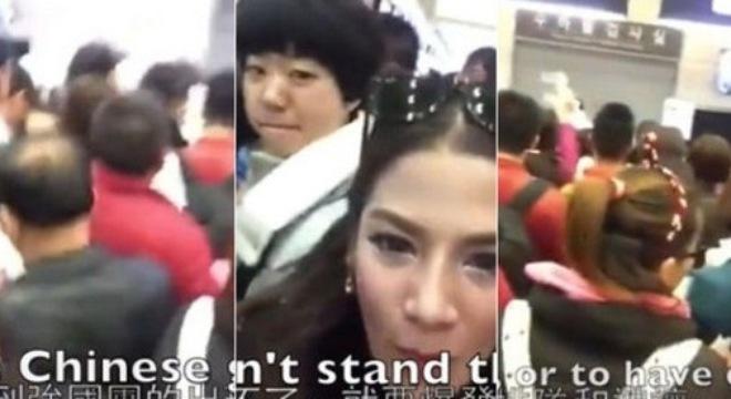 Hình ảnh trong đoạn video cho thấy khách Trung Quốc không chịu xếp hàng. Ảnh: Asiaone