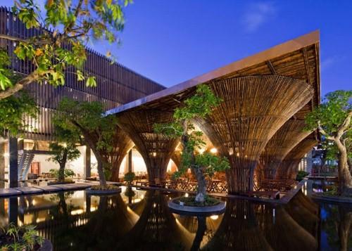 Cafe Indochine Kon Tum được lấy cảm hứng từ chiếc nơm cá úp ngược