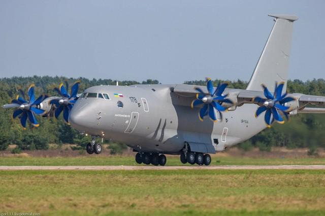 Quan hệ căng thẳng với Ukraine đã khiến Nga phải hủy chương trình hợp tác phát triển máy bay vận tải hạng nặng Antonov An-70