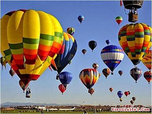 Lễ hội khinh khí cầu lần đầu diễn ra ở miền Bắc