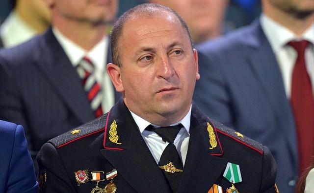 Một cử tọa theo dõi cuộc GLTT của Putin trên trường quay