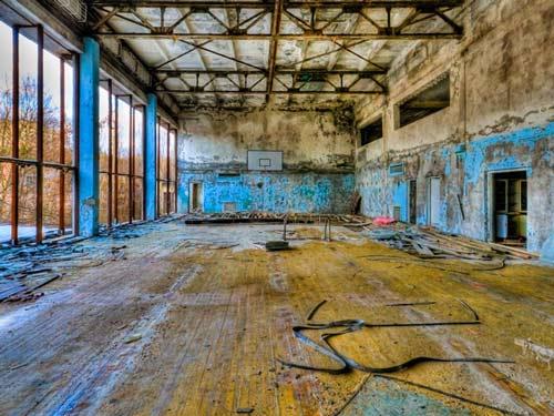 Đây là phòng gym trong một tòa nhà lớn ở Chernobyl.