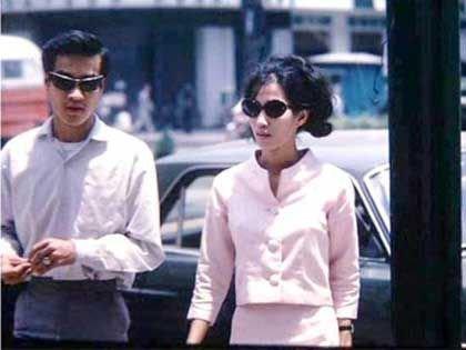 Đại Cathay (bên trái), tên trùm giang hồ Sài Gòn. (Ảnh tư liệu)