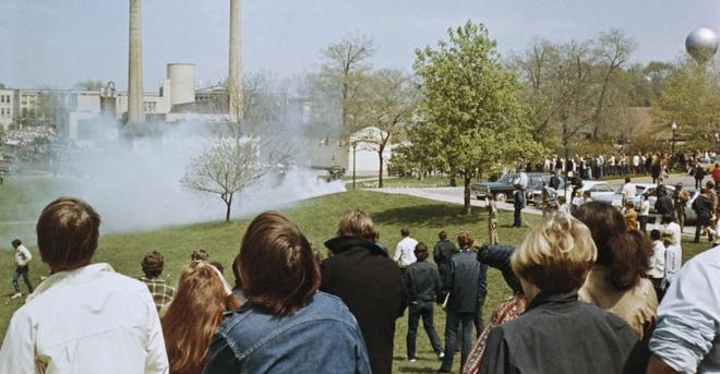 Ngày 30/4/1970, Tổng thống Mỹ Richard Nixon tuyên bố cần điều thêm 150.000 lính đến Việt Nam, dẫn đến các cuộc biểu tình quy mô lớn tại các trường đại học trên khắp nước Mỹ. Ảnh: history.com