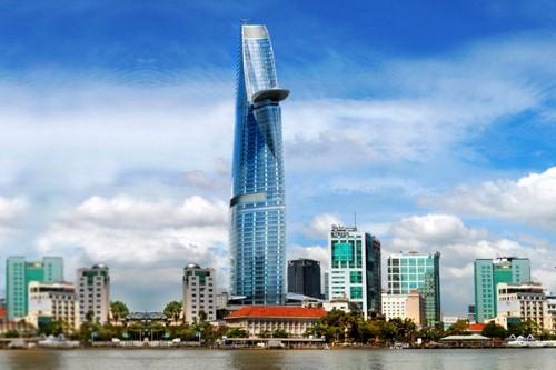 Tòa tháp Bitexco Financial Tower, cao 263m là biểu tượng cho một  Việt Nam thịnh vượng, đầy năng động và hiện đại