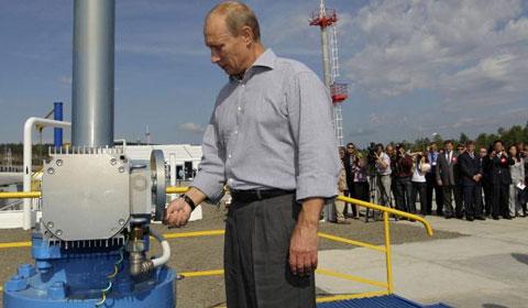 Mới đây, Tổng thống Putin nối lại việc bán khí đốt cho Ukraine, bất chấp việc nợ cũ chưa trả hết.
