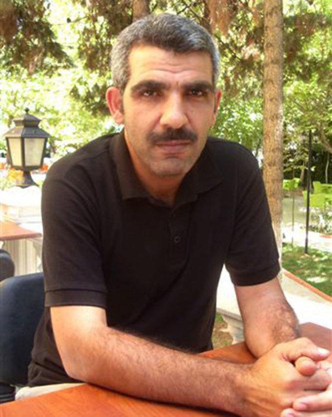 Phóng viên ảnh Osman Sagirli - Ảnh: Imgur