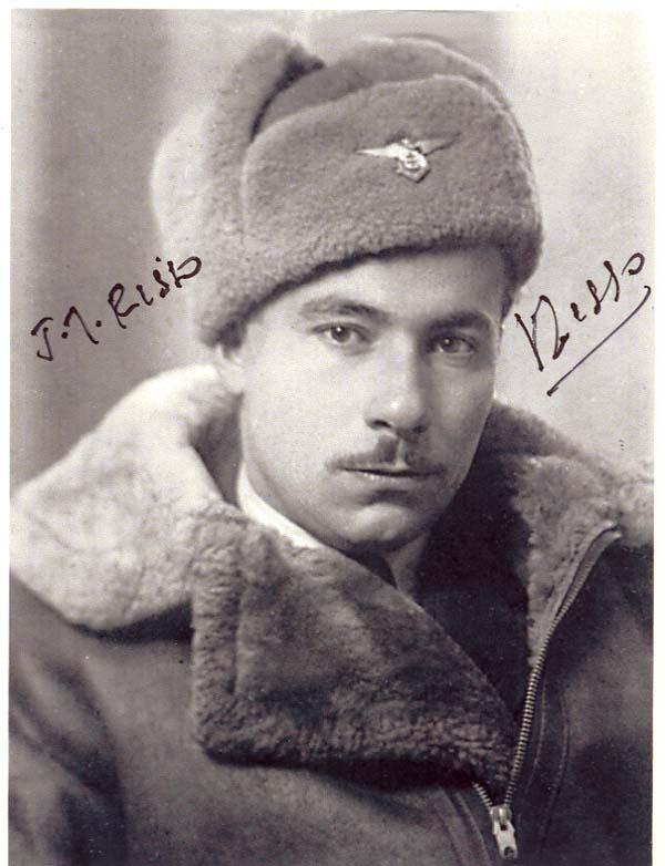 Trung úy Joseph Risso  trong quân phục mùa đông, Nga 1943