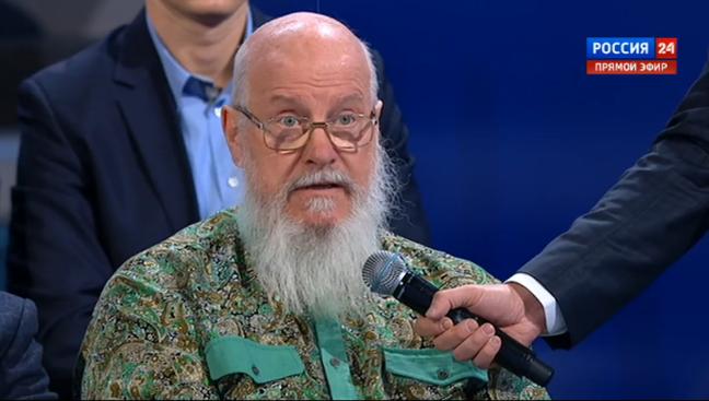 Bác nông dân tên John đặt câu hỏi cho Tổng thống Putin. Ảnh: Twitter
