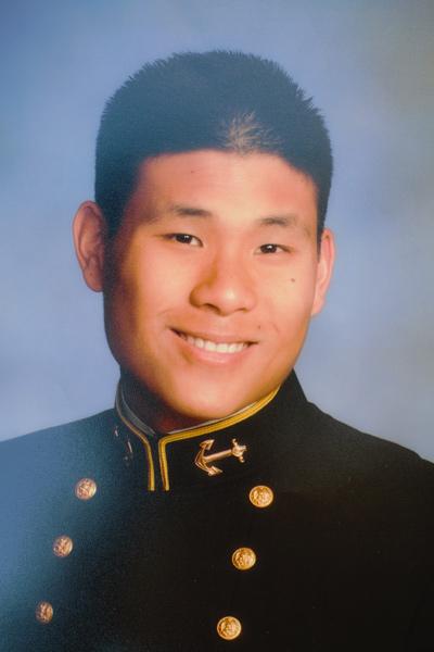 Thiếu Úy Hải Quân Kenny Hồ. (Hình: Kenny Hồ cung cấp)