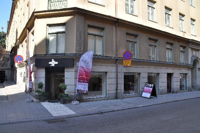 Thủ đô Stockholm xinh đẹp bình yên của Thụy Điển cũng không thiếu bóng dáng tiệm nail. Ảnh: baophunuonline.com
