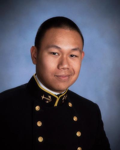 Thiếu Úy Hải Quân Andrew Trương.