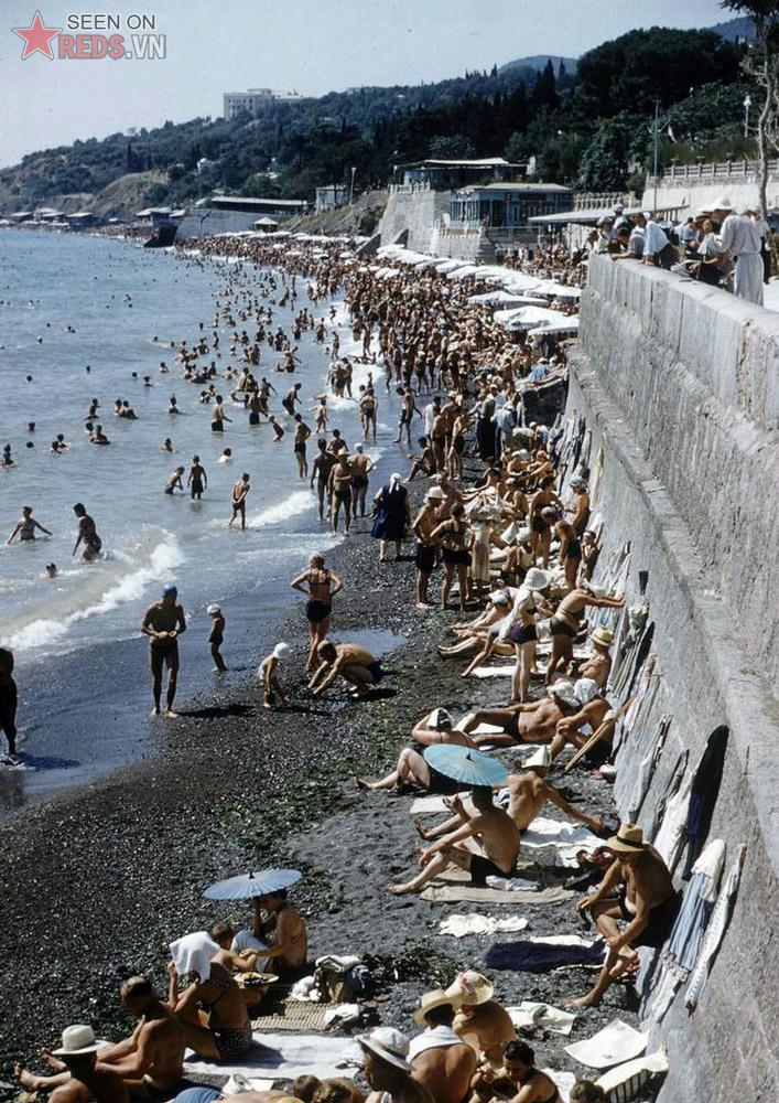 Bãi biển của thị trấn Gurzuf.