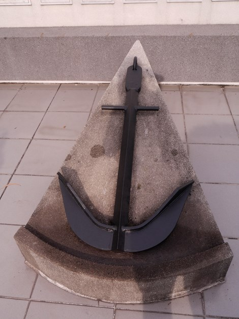 Sau khi chiếm đóng được Đông dương vào chiến tranh thế giới thứ II, lính Nhật đã tiến hành đập phá, hủy hoải các ngôi mộ của các tử sĩ xấu số này. Và câu chuyện về những thủy thủ Nga chết tại Sài Gòn cũng dần rơi vào quên lãng.