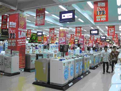 Siêu thị điện máy khó khăn là cơ hội cho tỷ phú Thái Lan thấu tóm.