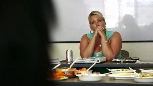 Jenny Gaines, người chủ trì cuộc thảo luận nhóm tại Breaking Free
