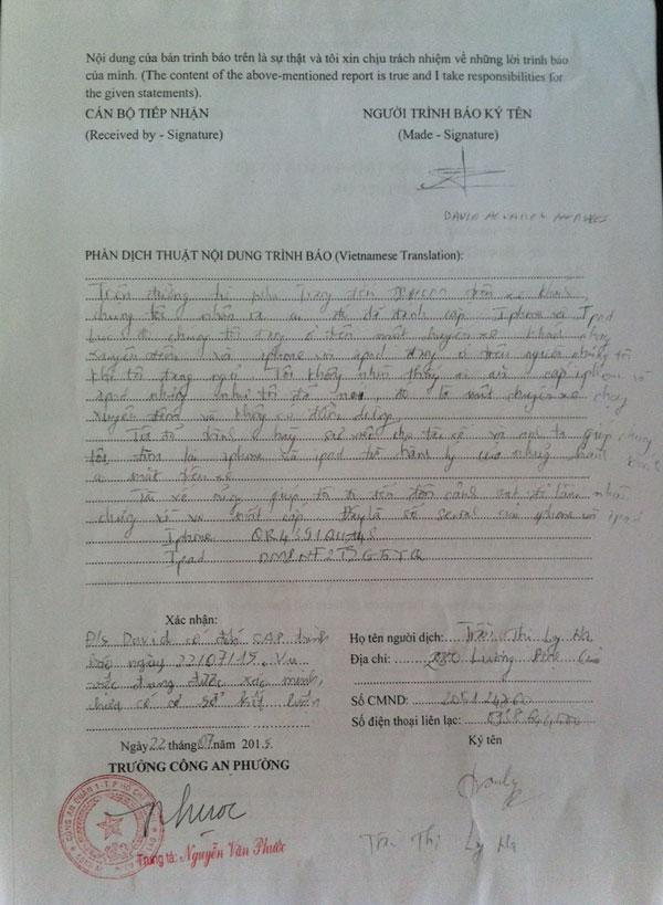 Giấy xác nhận mất cắp mà gia đình Tây Ban Nha nhận được từ công an (Ảnh gia đình David cung cấp)