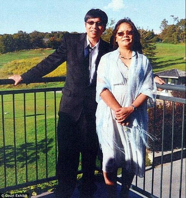 Ông Huei Hann Pan cùng vợ Bich Ha. photo courtesy: Court Exhibit.