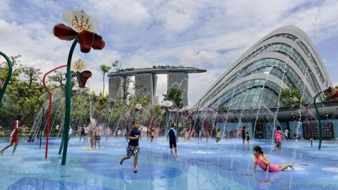 Vườn Singapore gần Vịnh (Ảnh: Roslan Rahman/Getty)