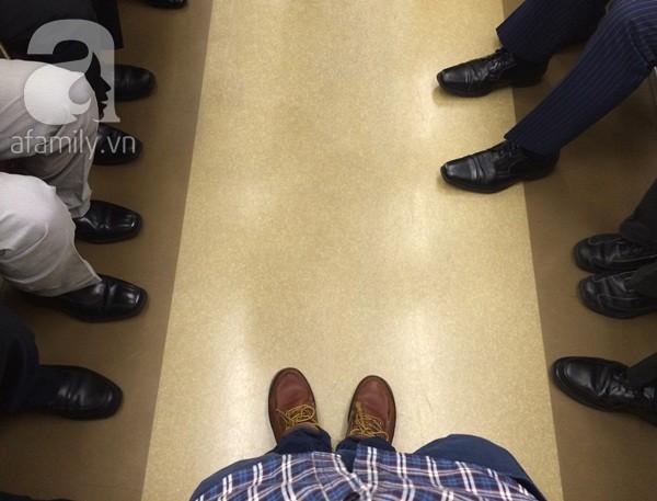 Giày học sinh và giày nhân viên văn phòng.