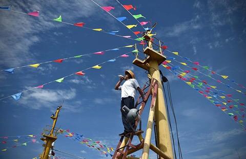 Ngư dân Trung Quốc trong lễ cầu may trước mùa đánh bắt