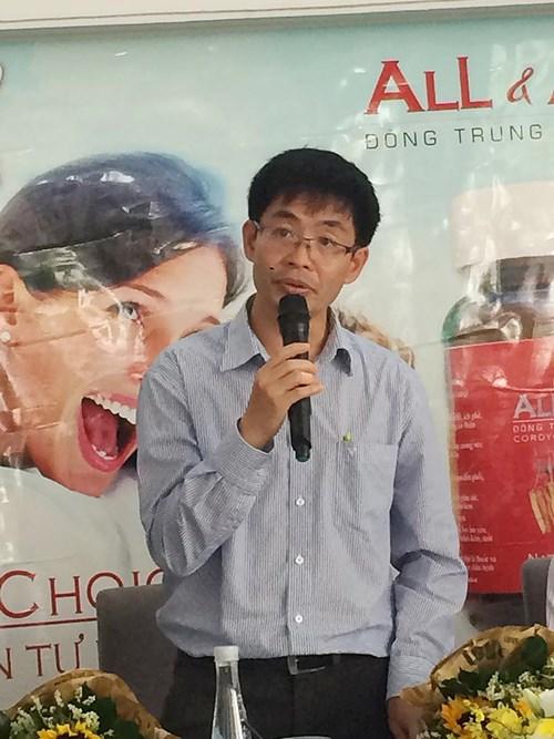 Tiến sĩ khoa học Trương Bình Nguyên sản xuất thành công loài đông trùng hạ thảo nguồn gen Cordyceps Sinensis.