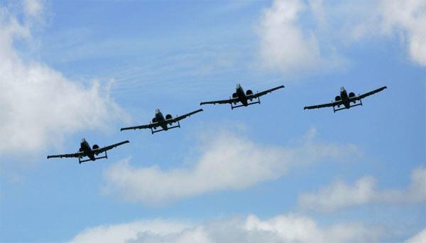Các máy bay F-10 cũng đã được Mỹ điều tới một số căn cứ ở châu Âu. (Ảnh: Getty)