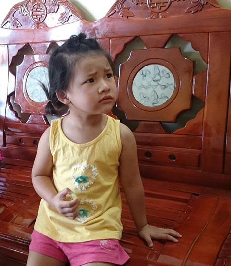 Cháu Bùi Dung Nhi, con gái đồng chí Nguyên.
