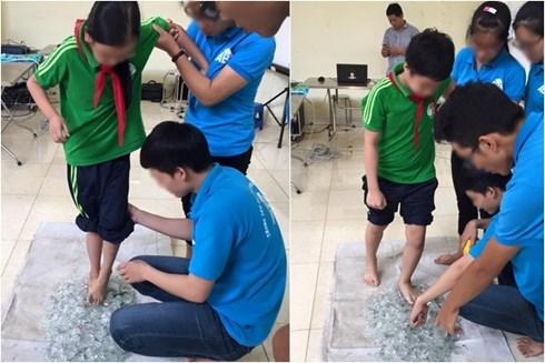 Những hình ảnh tại Trung tâm hướng dẫn trẻ em đi lên mảnh thủy tinh.