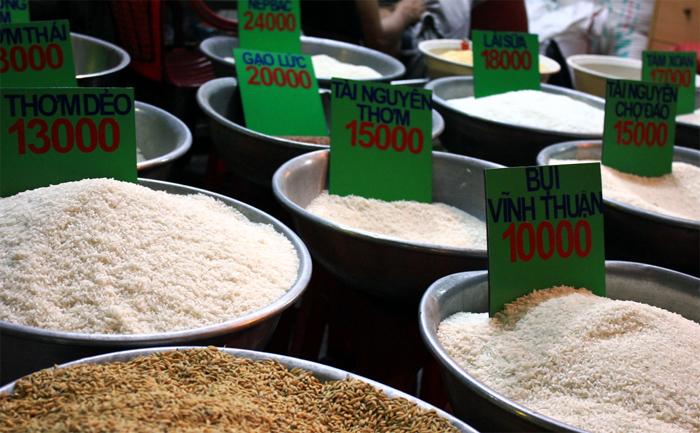 Trong khi đó, Việt Nam đến giờ vẫn chưa chọn được giống lúa nào để xây dựng thương hiệu gạo quốc gia