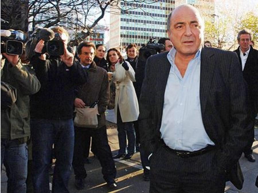 Nhà tài phiệt Boris Berezovsky tham dự một buổi họp báo trong dịp kỷ niệm một năm cái chết của cựu điệp viên Nga Alexander Litvinenko tại London vào năm 2007
