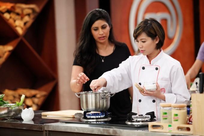 Christine Hà trong cuộc thi Vua đầu bếp Mỹ 2012.